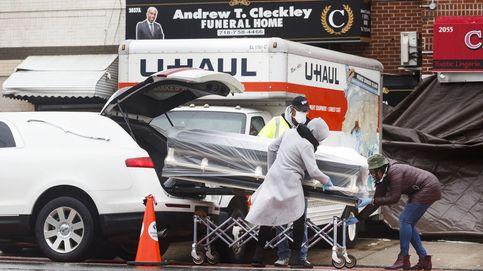 Demandan a 3 funerarias de Nueva York por tener cadáveres en camiones sin refrigerar