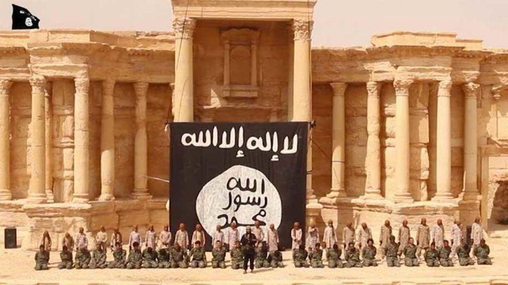 El EI publica un vídeo con el asesinato de 25 sirios por disparos de jóvenes