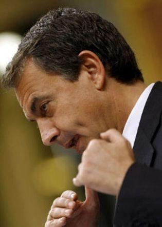 Foto: Zapatero: Los anuncios de publicidad de la prostitución deben eliminarse