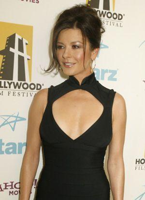 Catherine Zeta-Jones niega que padezca anorexia