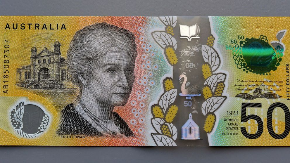 Australia imprime sus billetes de 50 dólares con faltas de ortografía