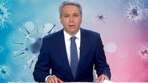 ¿Guarra o guarda? El (doble) lapsus viral de Vicente Vallés en 'Antena 3 noticias'