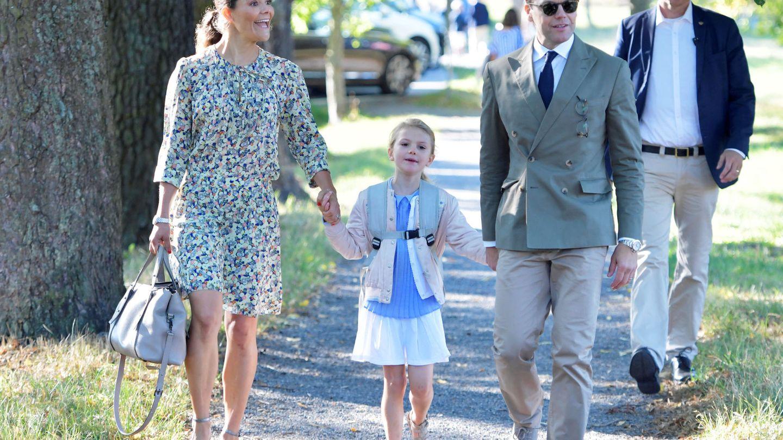 Estelle con sus padres. (Reuters)