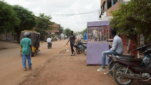 El presidente de Mali anuncia su dimisión tras ser detenido por militares rebeldes