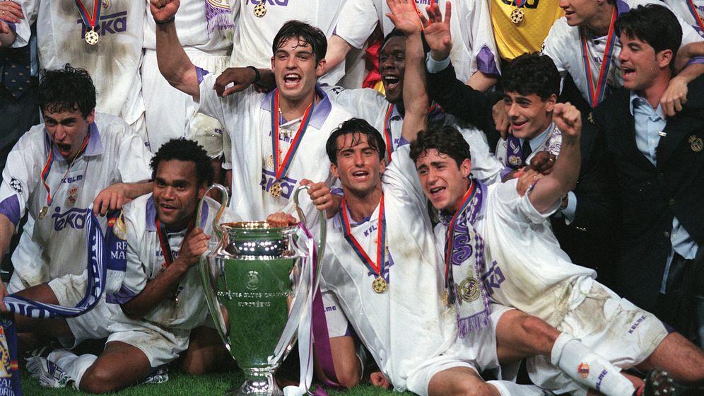 Foto: El Real Madrid celebra la séptima Copa de Europa conseguida en 1998. (Imago)