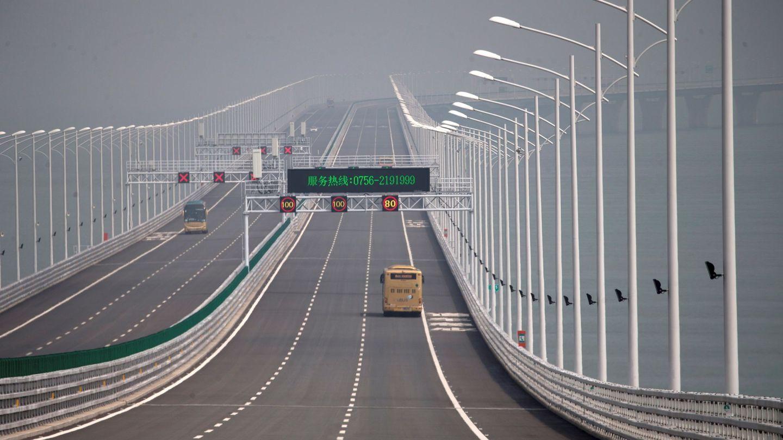 El puente marítimo más largo del mundo también ha sido construido por Hong Kong.