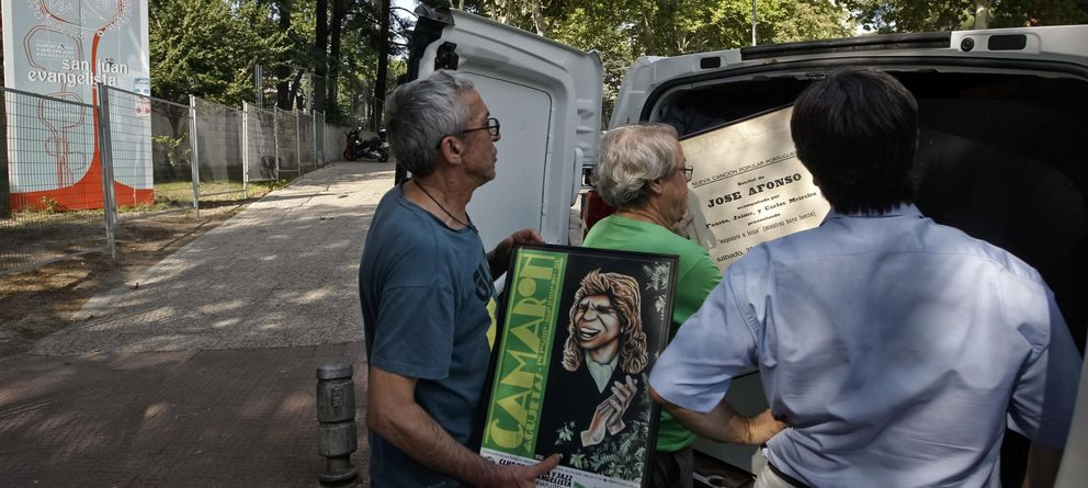 Foto: La mudanza del San Juan Evangelista. (Efe)