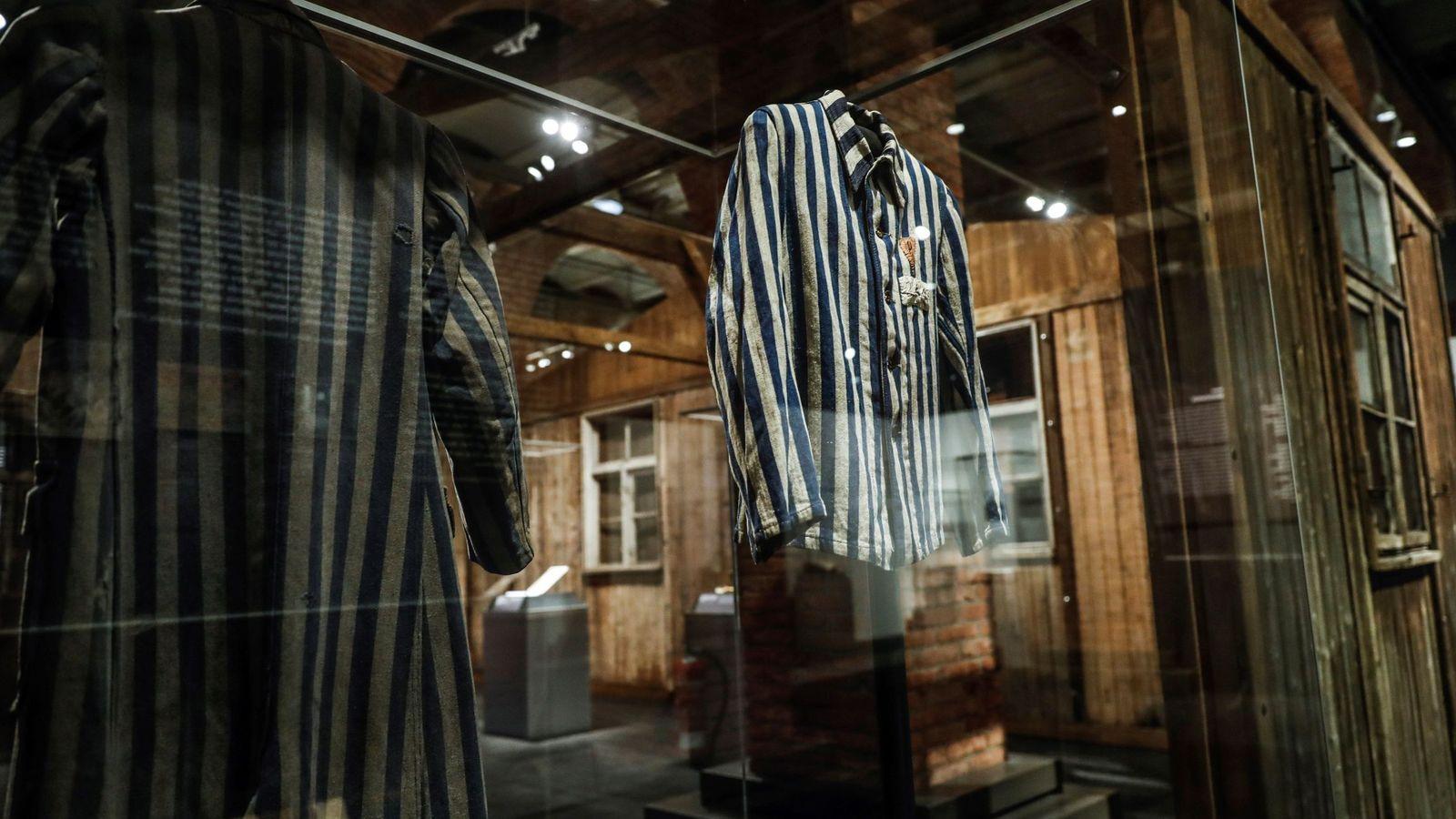 Foto: Más de 600 objetos originales en el estreno mundial en Madrid de la exposición 'Auschwitz. No hace mucho. No muy lejos' en el Centro Arte Canal (EFE)