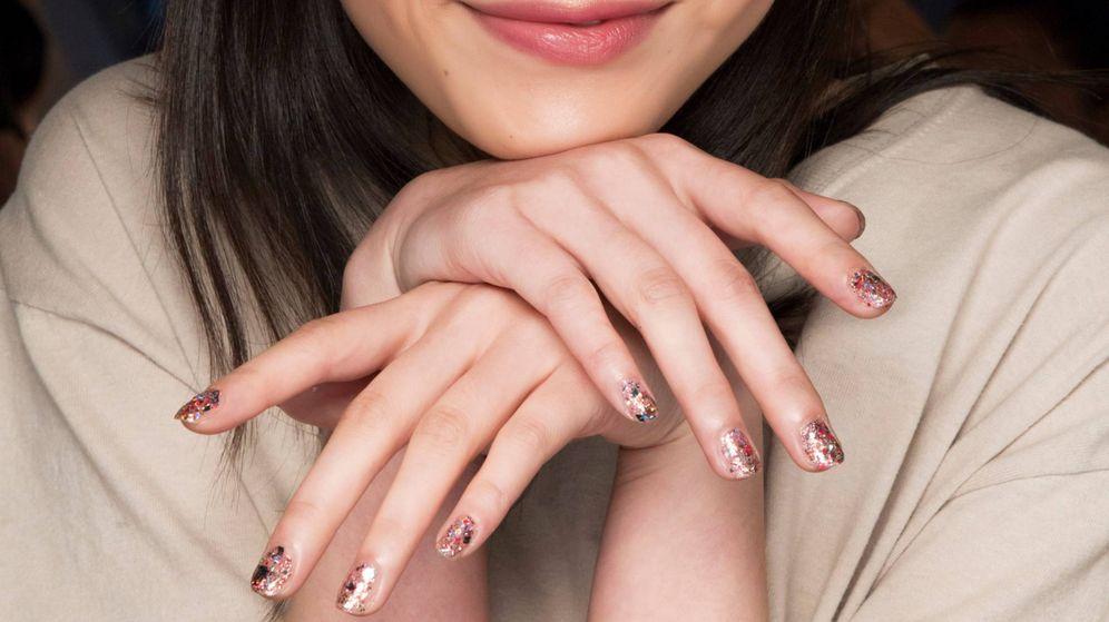 Foto: Soprende con esta propuesta de uñas. (Imaxtree)
