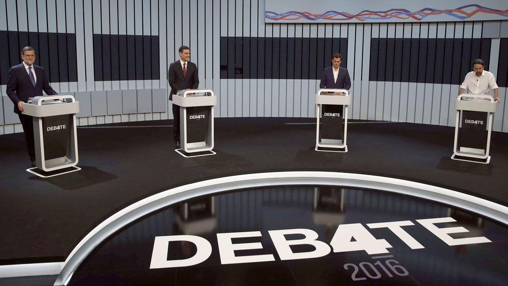 Foto: De izquierda a derecha, Mariano Rajoy (PP), Pedro Sánchez (PSOE), Albert Rivera (Cs) y Pablo Iglesias (UP), en el debate celebrado el 13 de junio. (EFE)
