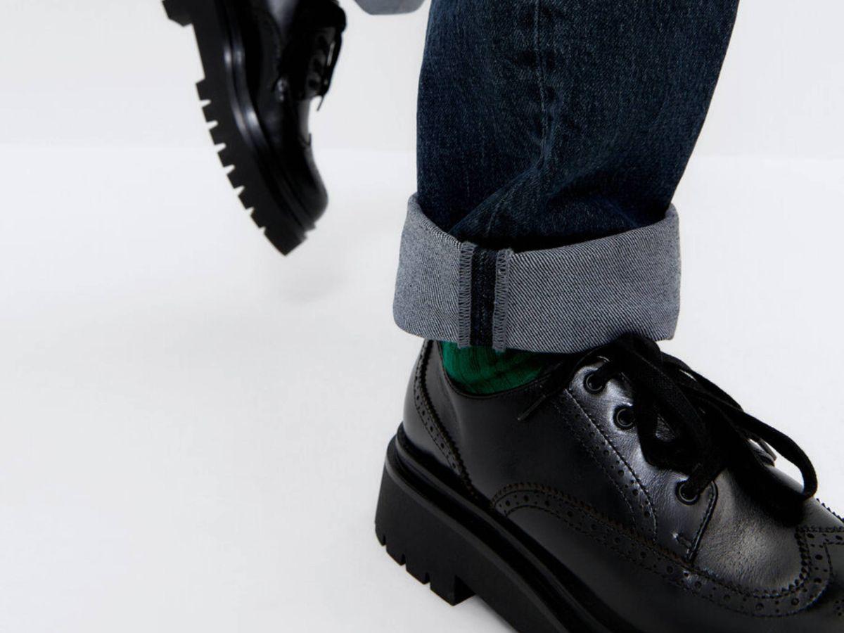 Foto: Los zapatos planos de Uterqüe. (Cortesía)