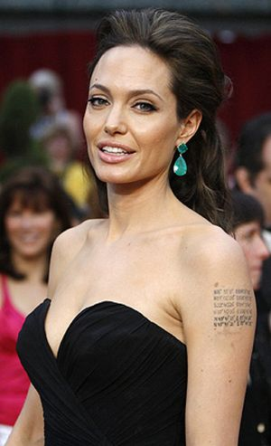Angelina Jolie, a un paso de ser la nueva chica Bond