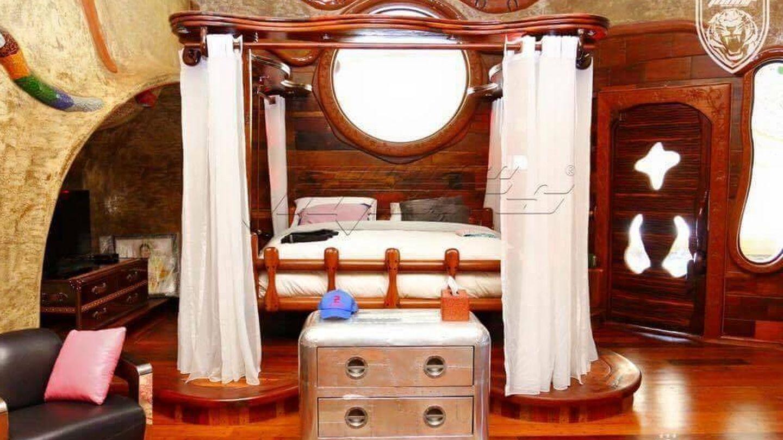 Dormitorio en el palacio Istana Mersing. (johorsoutherntigers.com.my)