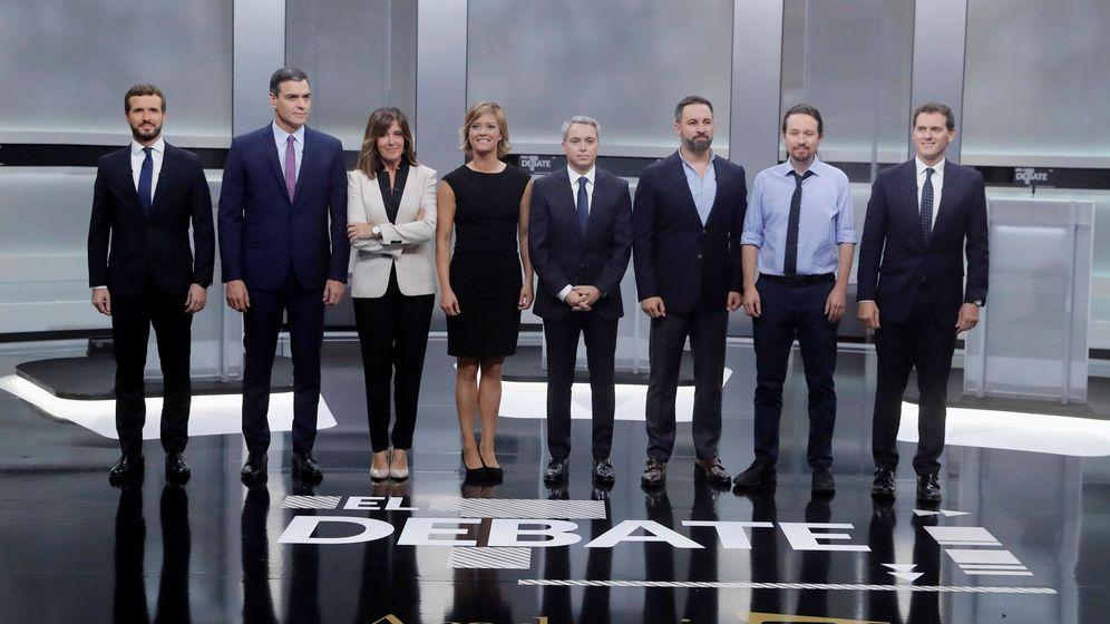 Foto: Los candidatos a la presidencia del Gobierno, Pablo Casado (i), Pedro Sánchez (2i), Santiago Abascal (3d), Pablo Iglesias (2d) y Albert Rivera (d). (EFE)