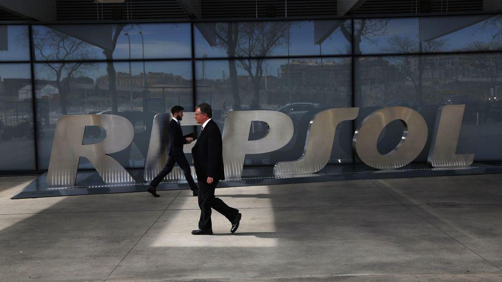 El mercado castiga el plan estrat gico de repsol con un for Repsol oficinas