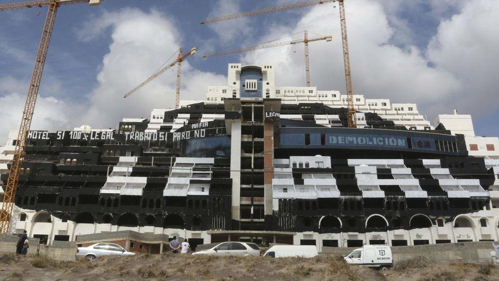 El TSJA dictamina que la licencia del hotel El Algarrobico es legal
