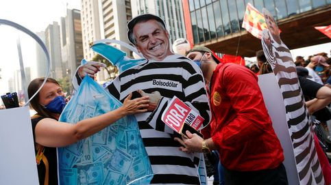 Bolsonaro no sale del hoyo: investigado, enfermo y con Brasil devastado por el virus
