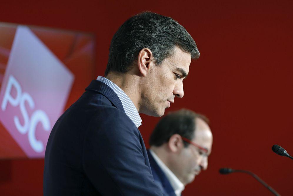 Foto: Pedro Sánchez y Miquel Iceta, el pasado 9 de octubre, en la sede del PSC en Barcelona. (EFE)