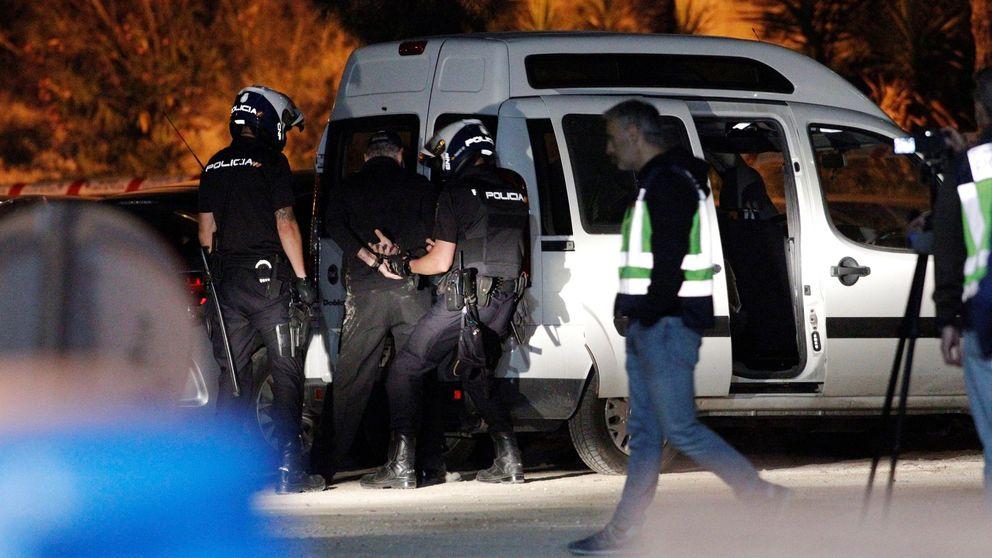 La 'viuda negra' de Alicante reconstruye la escena del crimen