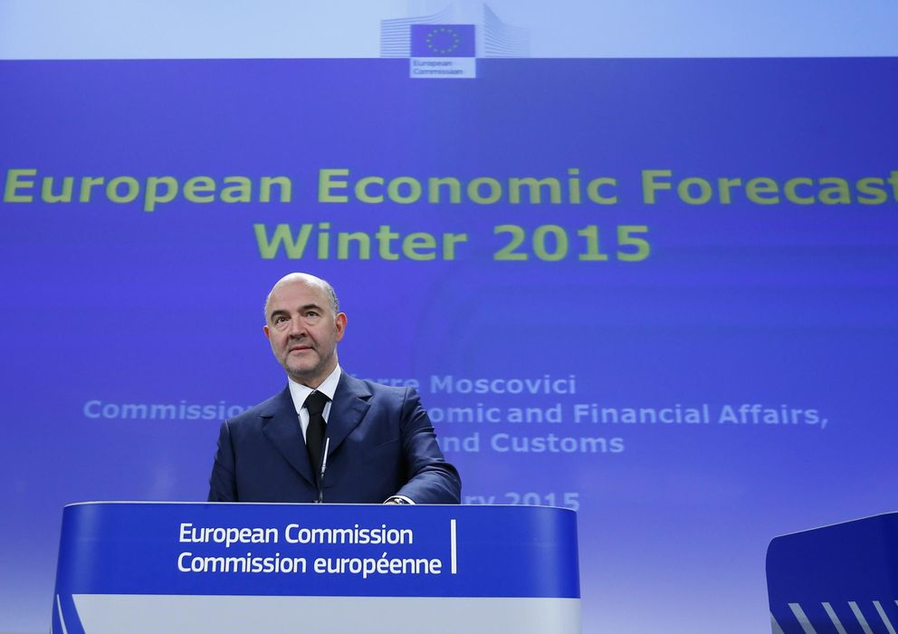Foto: El comisario europeo para asuntos económicos Pierre Moscovici, durante la rueda de prensa (Reuters)