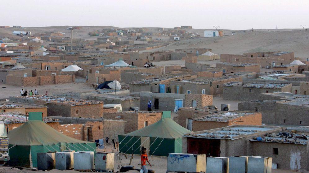Foto: Un campo de refugiados saharauis en Tinduf, al suroeste del desierto de Argelia (EFE)