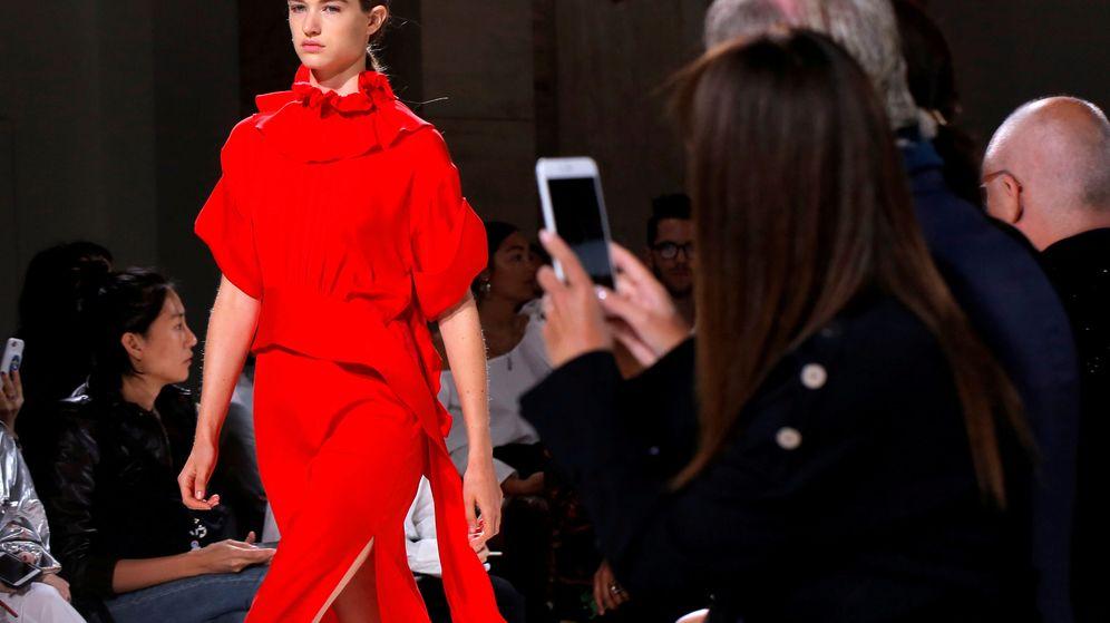Foto: Un diseño de Victoria Beckham. (Reuters)