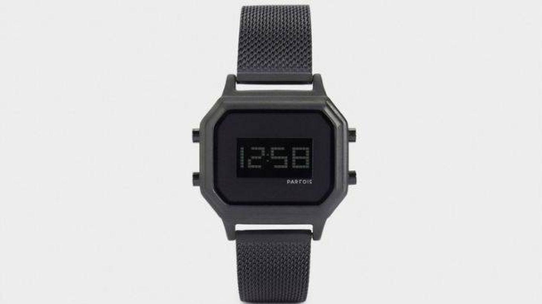 Reloj digital de Parfois. (Cortesía)