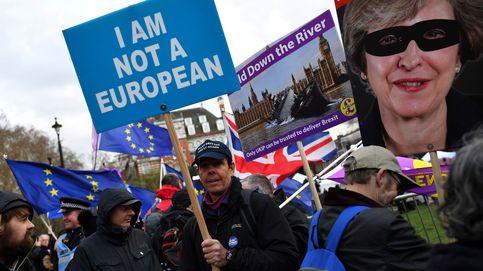 May pide a la UE aplazar el Brexit hasta el 30 de junio para tratar de desbloquearlo