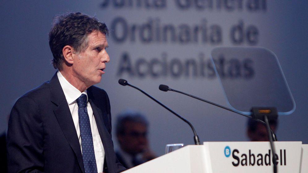 Foto: El consejero delegado del Banco Sabadell, Jaime Guardiola. (EFE)