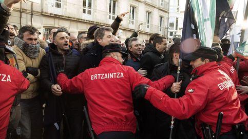 'Guerra' entre Ertzaintza y Gobierno vasco: Urkullu aplicará la 'ley mordaza' a los agentes
