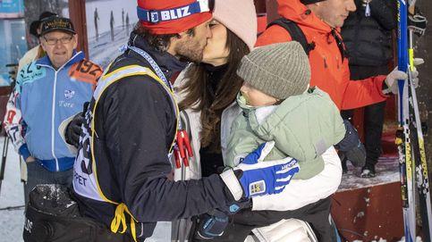 Las cinco fotos que demuestran que Carlos Felipe es el marido y padre ideal