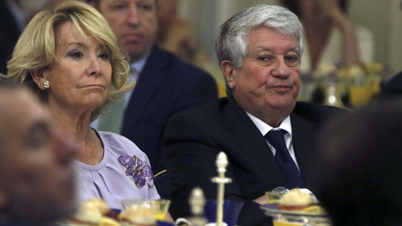 Foto: Esperanza Aguirre y Arturo Fernández, exvicepresidente de la CEOE y propietario del Grupo Arturo Cantoblanco. (EFE)