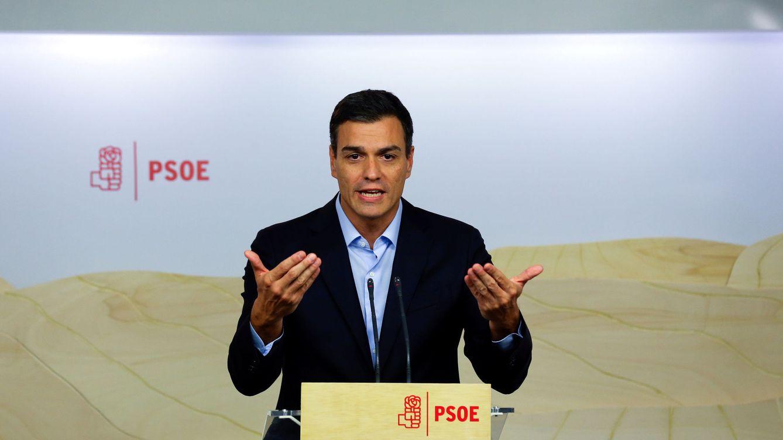 Sánchez convoca congreso y primarias para el 23-O y reta a los barones a que hablen claro