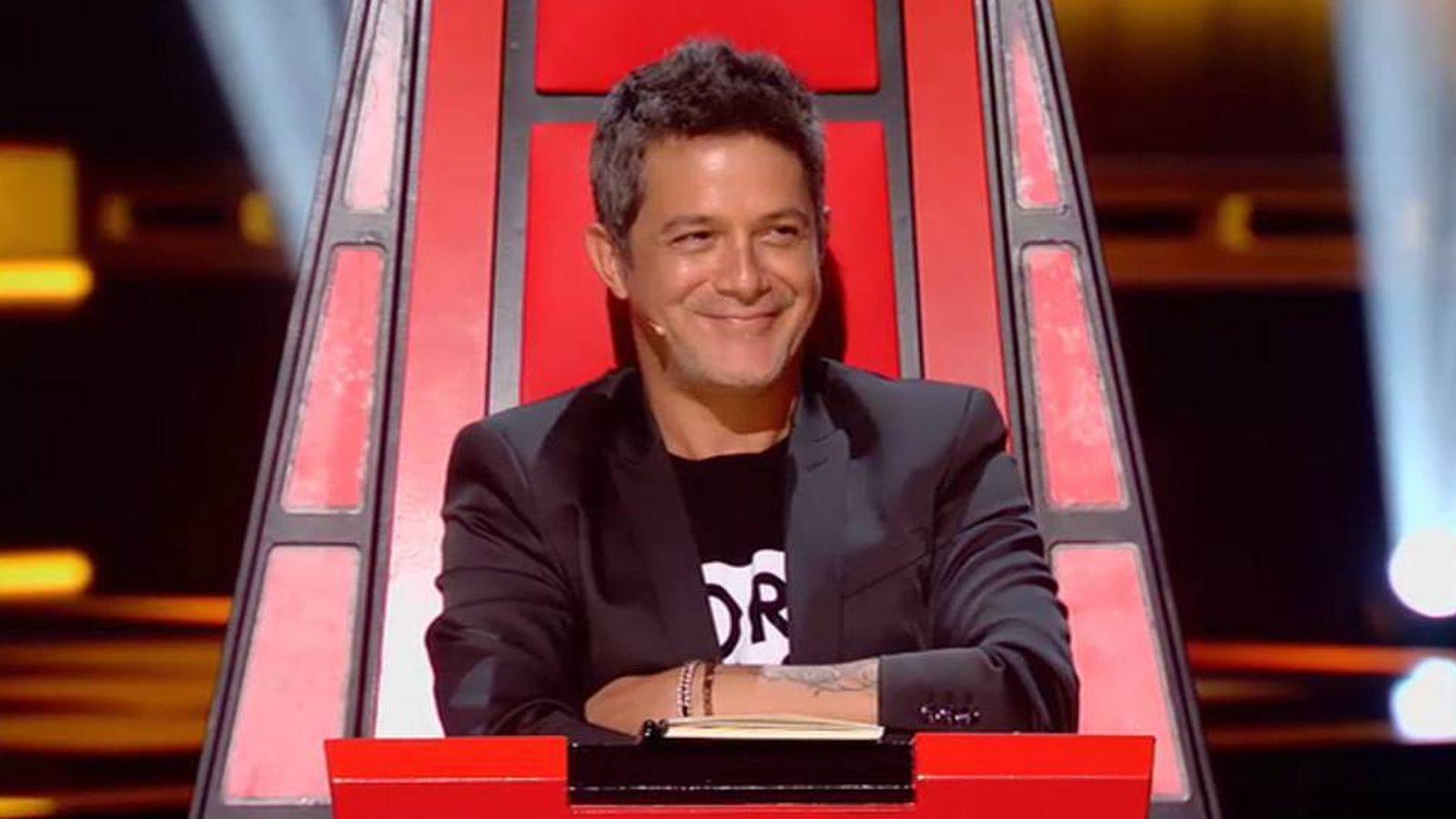 Alejandro Sanz traiciona a 'La Voz' con 'Equipo de investigación'