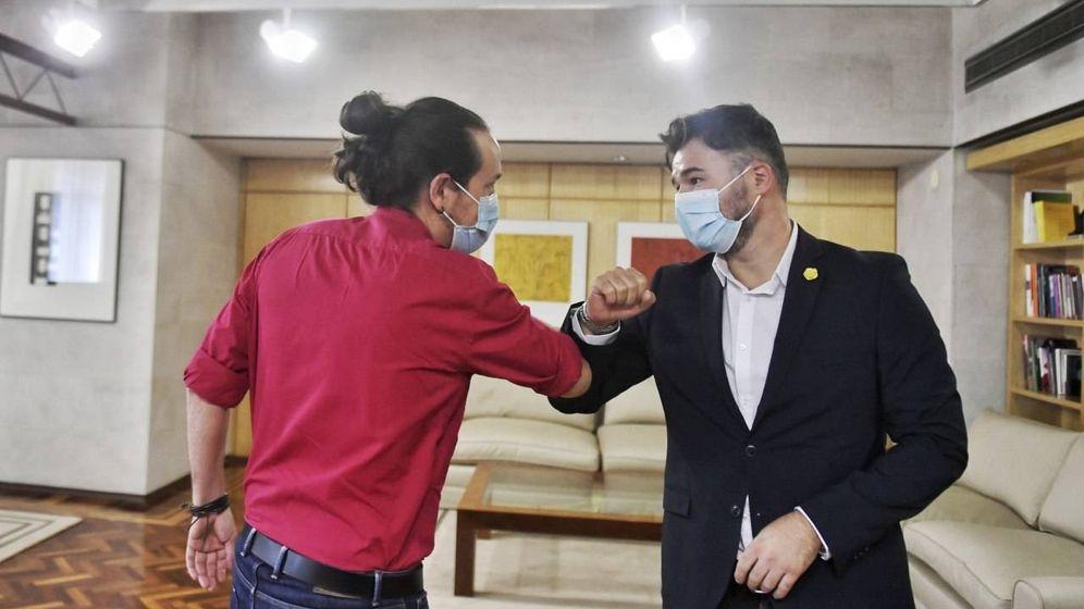 Foto: Iglesias y Rufián, en la reunión de este miércoles. (Podemos-Daniel Gago)