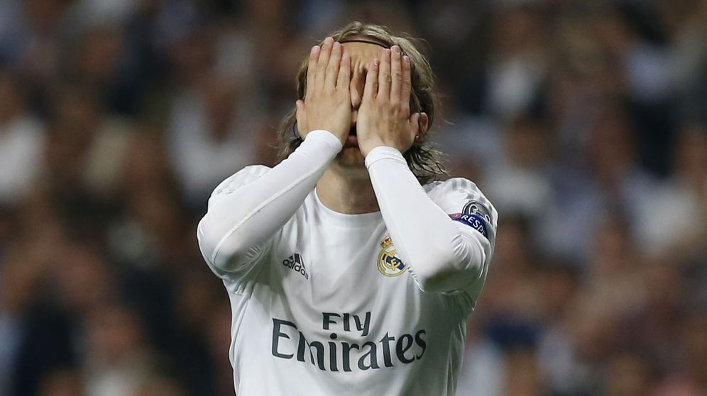 Foto: Luka Modric no pudo jugar contra el Valencia por una sobrecarga (Reuters/Sergio Pérez).