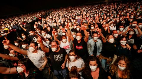 Solo dos contagios en el concierto de Love of Lesbian ante 5.000 personas en Barcelona