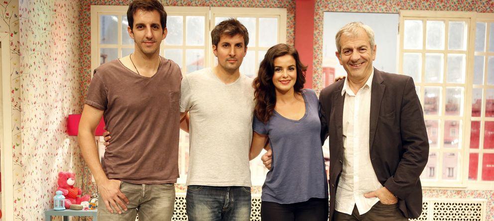 Foto: El elenco de la obra teatral 'El ministro' con Guillermo Ortega, Javier Antón, Marta Torné y Carlos Sobera (Gtres)