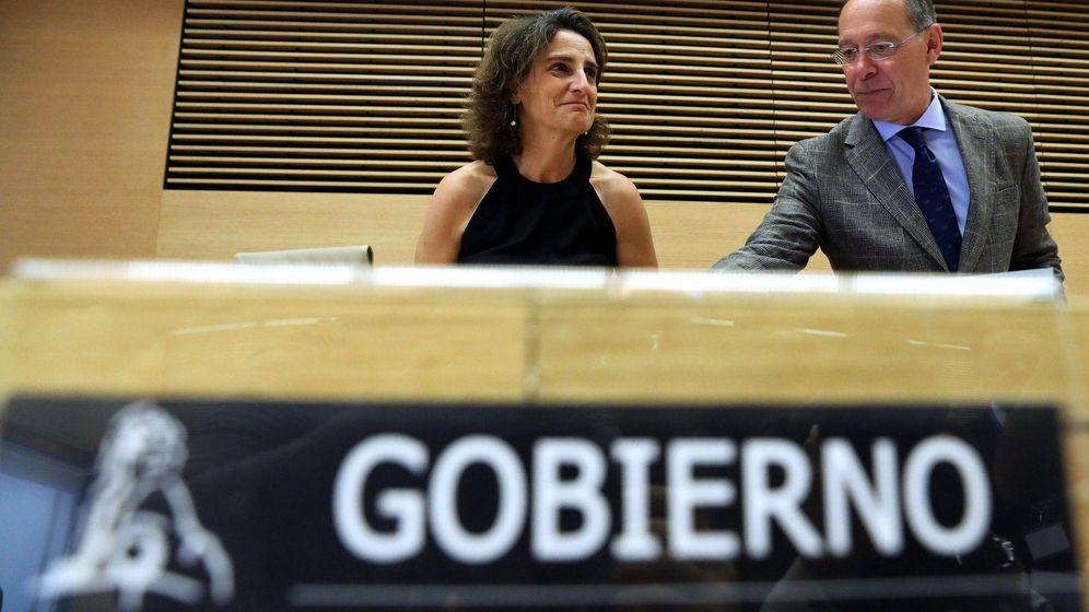 Foto: La ministra de Transición Ecológica en una comparecencia en el Congreso de los Diputados. (EFE)