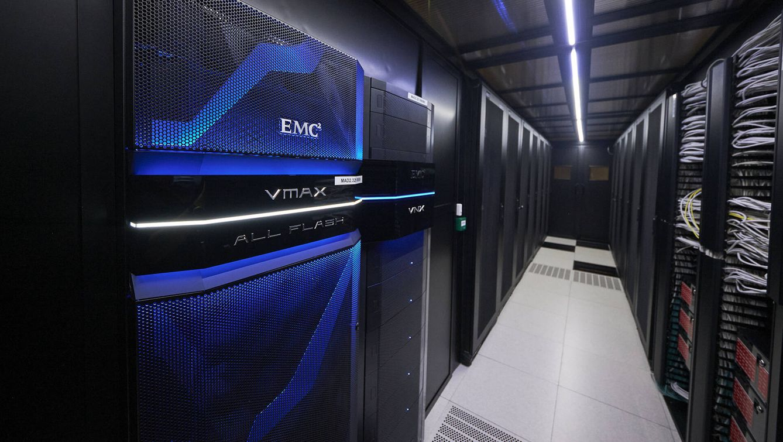 Foto: Visita al 'data center' de Interxion en San Blas, Madrid. (Jesús Hellín)