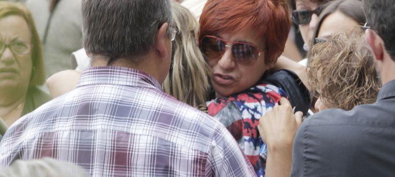 Foto: Sandra Ortega durante el funeral de su madre Rosalía Mera (I.C.)