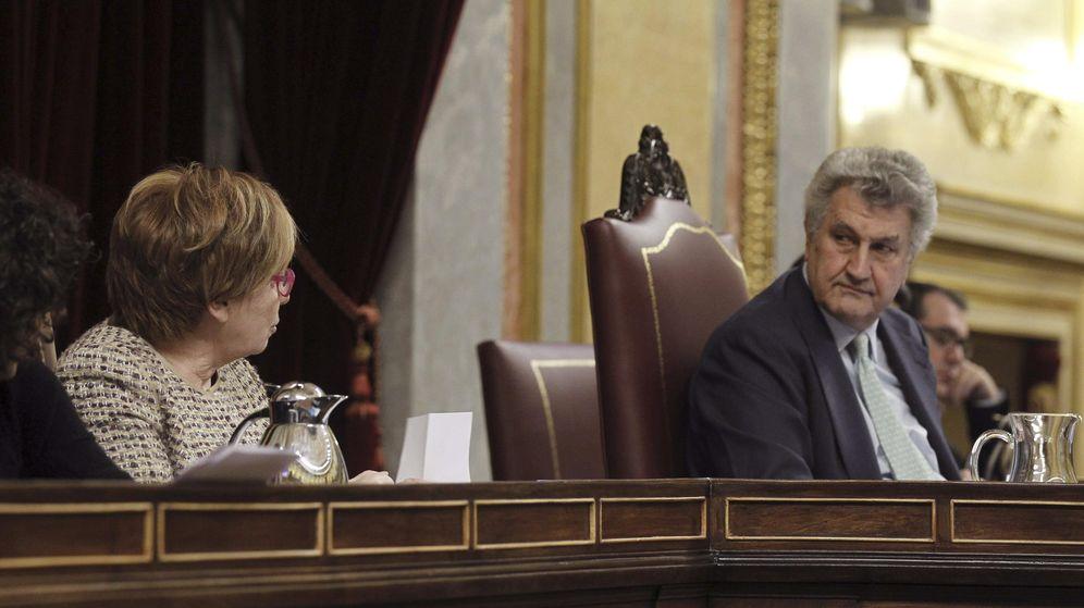 Foto: El expresidente del Congreso, Jesús Posadas, junto a la exvicepresidenta de la Mesa, Celia Villalobos. (Efe)