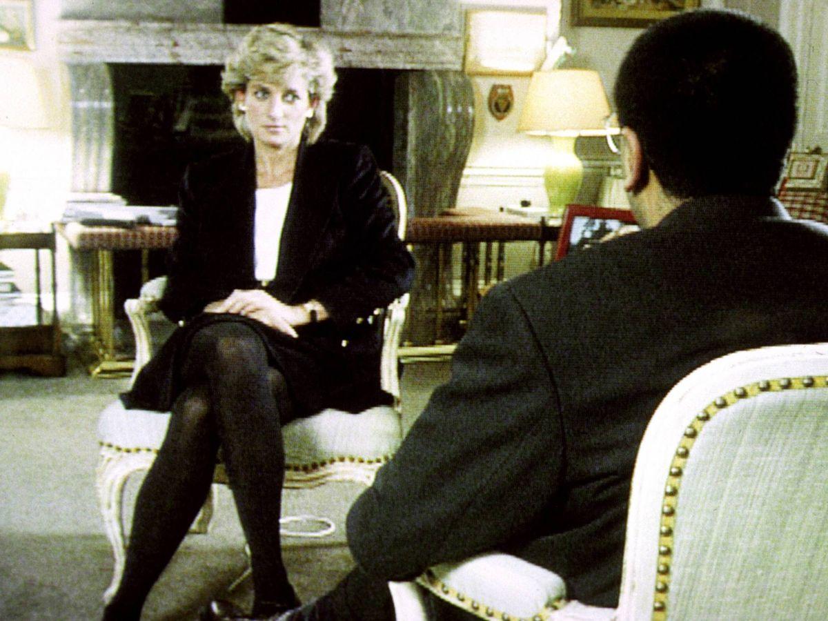 Foto: Lady Di, con Martin Bashir en 1995. (Cordon Press)