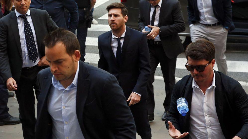 Foto: Messi, a la entrada de los juzgados (Reuters)