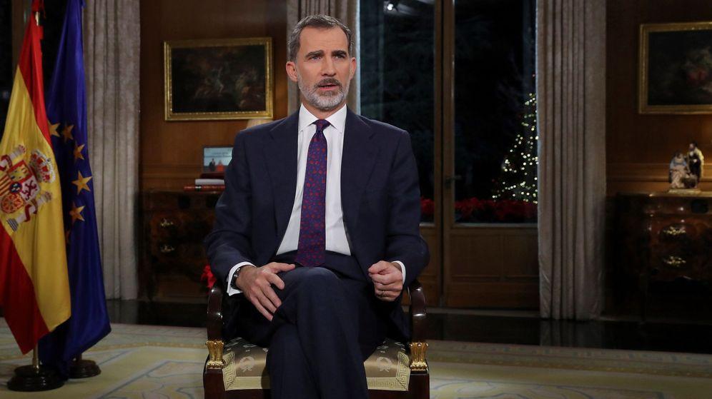 Foto: El Rey Felipe VI pronuncia el tradicional mensaje de Navidad, el quinto de su reinado, desde el Palacio de La Zarzuela. (EFE)