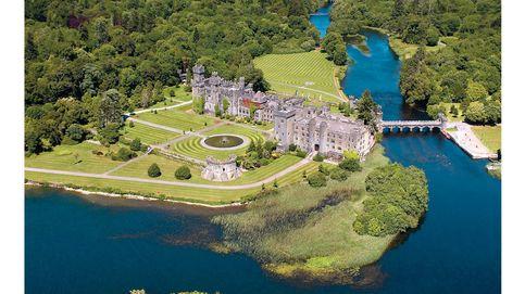 De castillos medievales y residencias del siglo XVIII, a lujosos campos de golf