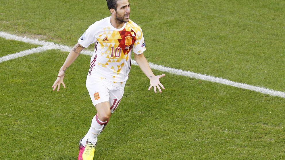 Todo empezó con Italia y Fàbregas, que por fin se ha asentado en la Selección