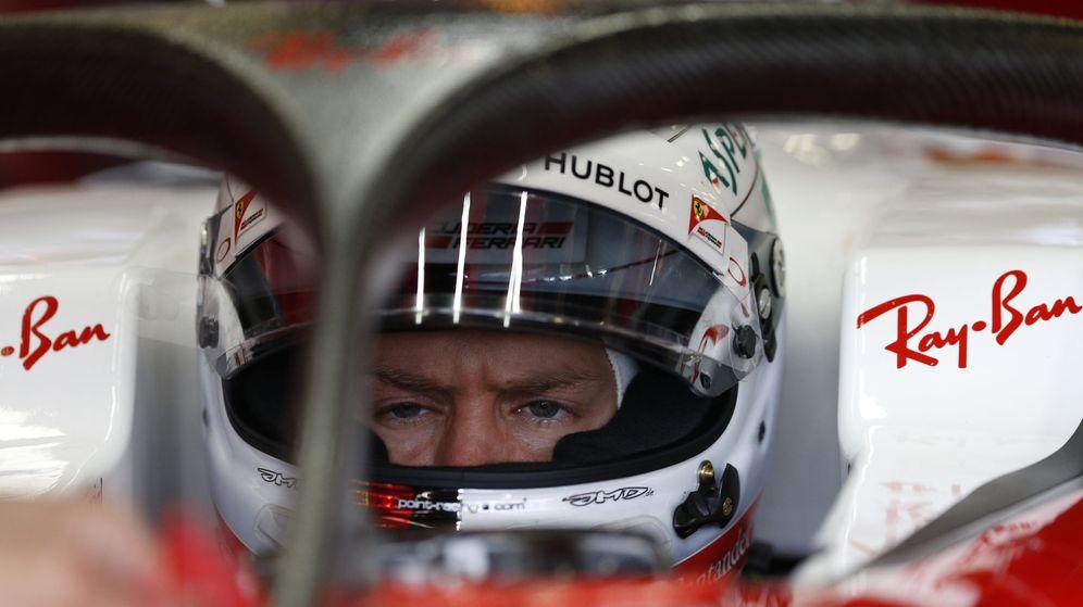Foto: Vettel, con el halo incorporado en su coche de 2016. (EFE)
