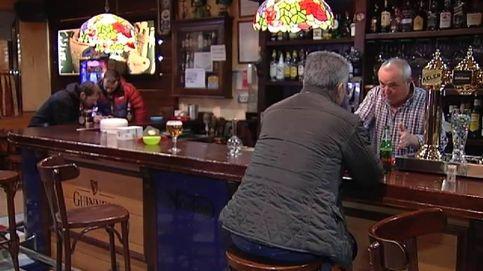 Surrealista llamada a la Guardia Civil de un hombre que había quedado atrapado en un bar