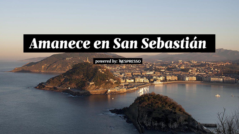 Foto: Empieza el día en el monte Igueldo de San Sebastián, buscando en el horizonte el misterioso destello verde